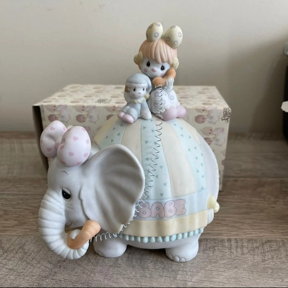 """""""Lets Keep In Touch"""" Musical Figurine"""
